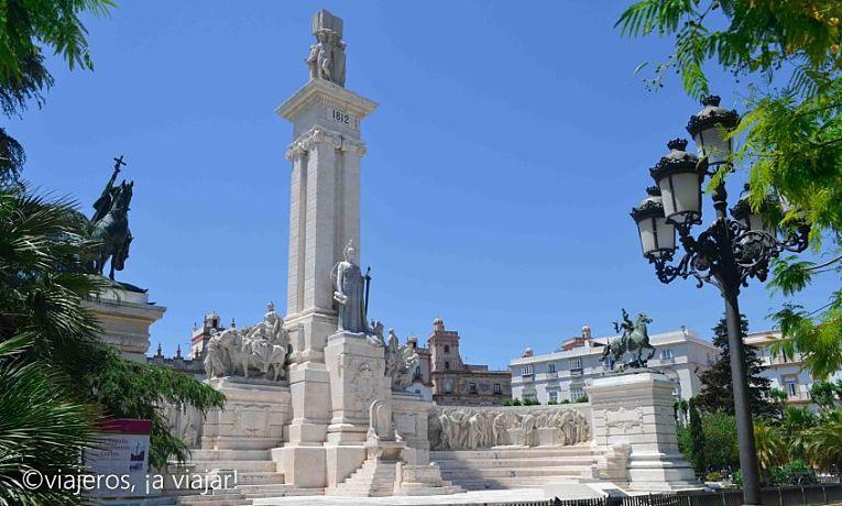Cádiz a pie. Plaza de españa