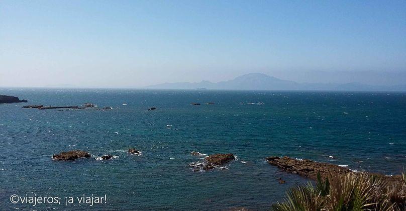 Playas del Estrecho. Marruecos al fondo