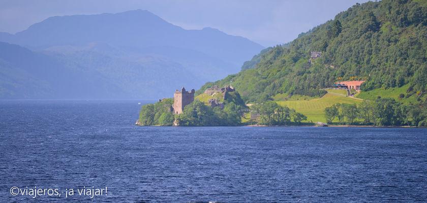 crucero en el lago ness y castillo