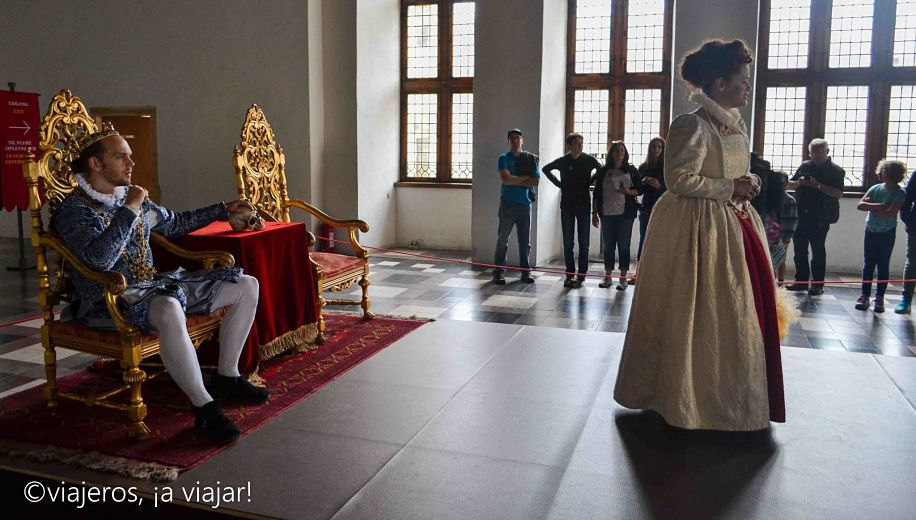 Representación teatral en el castillo de Kronborg