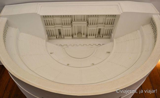 Vista del antiguo teatro romano