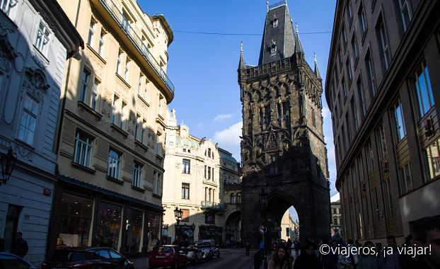 VIAJE Praga - Budapest. Torre de la Pólvora